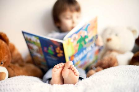01-early-reading-habits-rich-illustrations.jpg